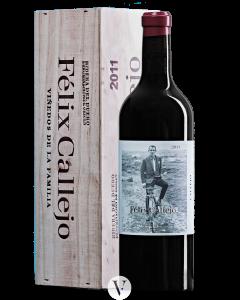 Bottle red wine Bodegas Felix Callejo Vinedos de la Familia 2011